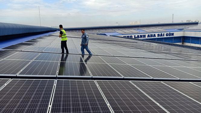 Bùng nổ điện mặt trời mái nhà ở thành phố Hồ Chí Minh